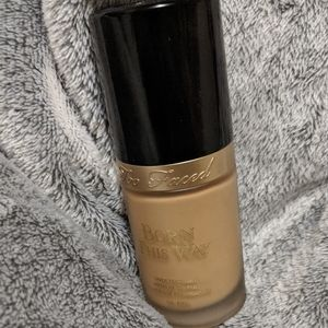 Natural Beige) Too Faced Born This Way Foundation